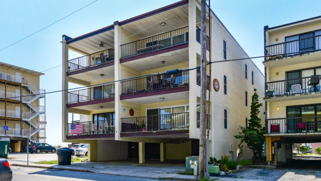 202 80 East, Ocean City MD 21842 – Spacious Balcony with Ocean View!