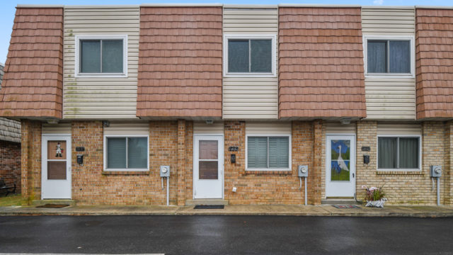 Just Listed: 233 Ardmore, Ocean City – Waterfront Townhouse with Boat Dockage!