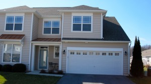 #52 Ashley Manor -Spacious Five Bedroom Townhouse!
